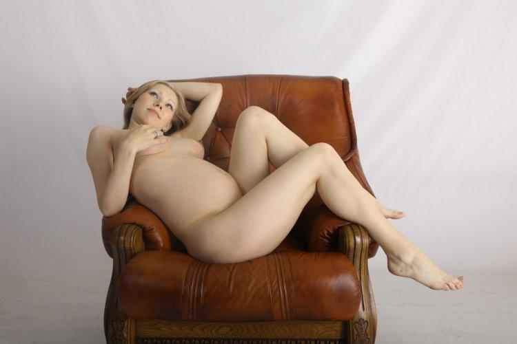 фото эротика сара с большой грудью