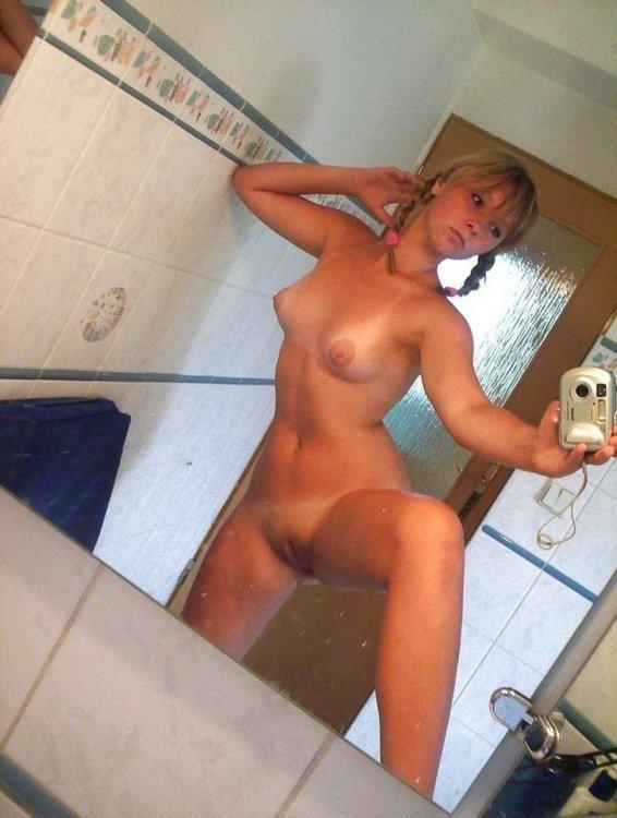 порно фото частное селфи смотреть онлайн бесплатно