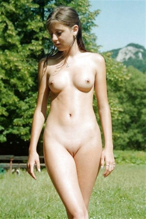 фото голых женщин ру